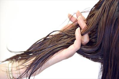 髪を保湿しよう